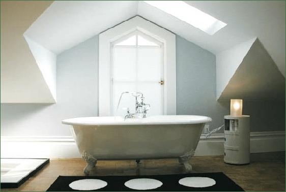 luxurious tub