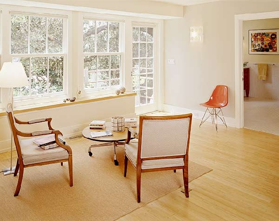 Airy bright seating area