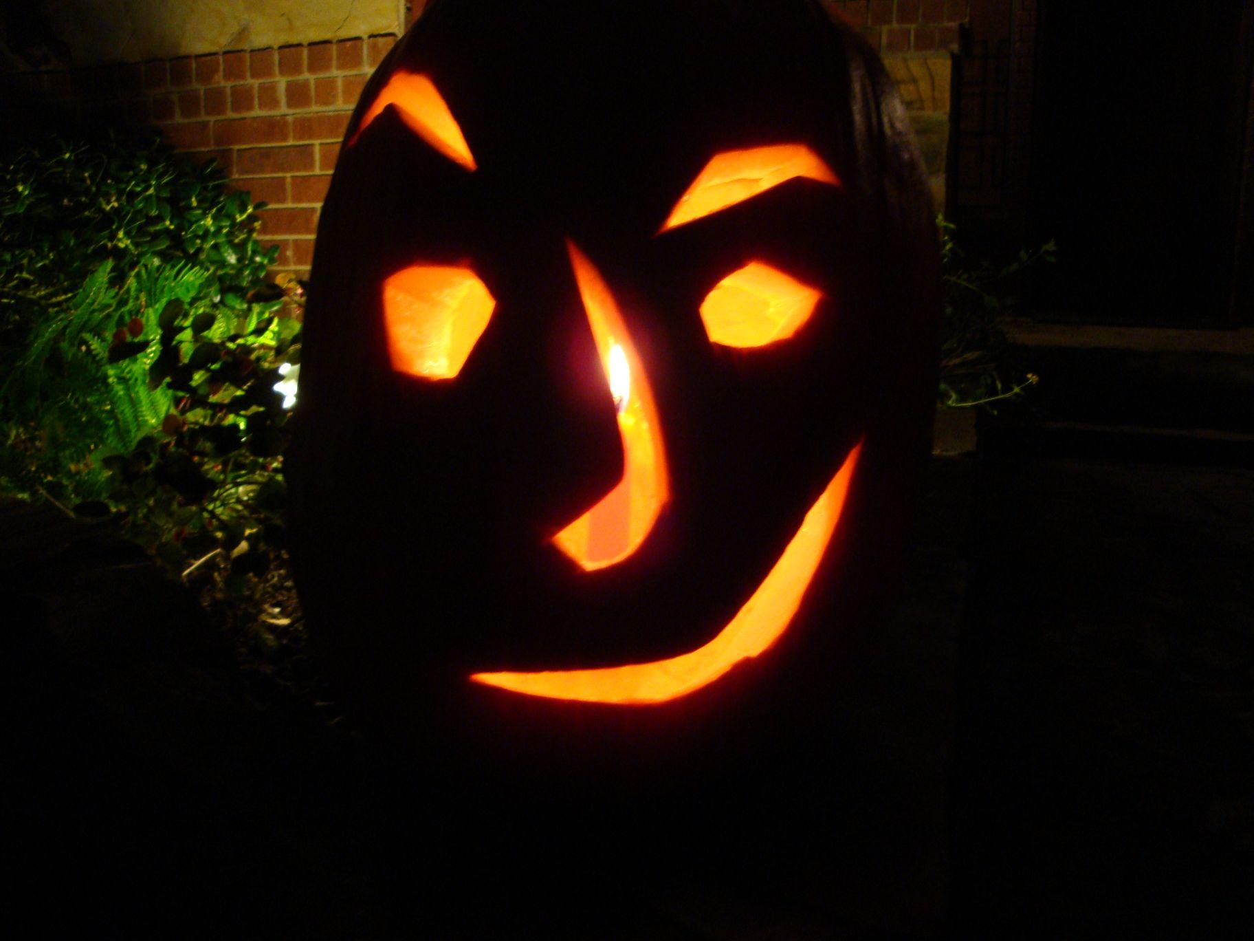 Halloween Carved Pumpkin 2009 [50%]