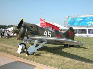 800px-Polikarpov_I-16