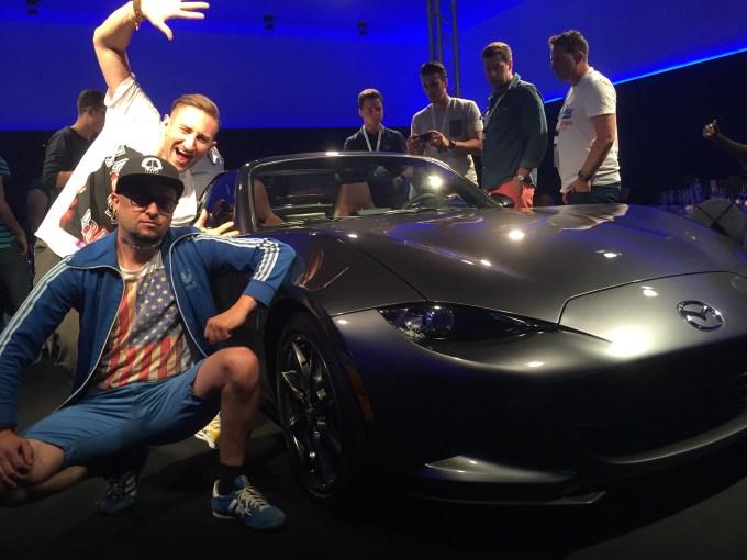 Ja, Łukasz Jakóbiak, Mazda i słowiański przykuc. Najlepiej.