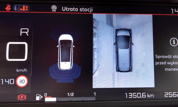 Wyposażenie dodatkowe samochodu – co jest przydatne, a co nie?