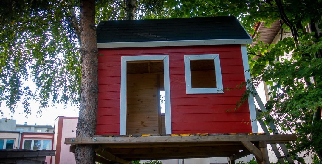 Skandynawski domek na drzewie: #5 Malowanie i wykończenia