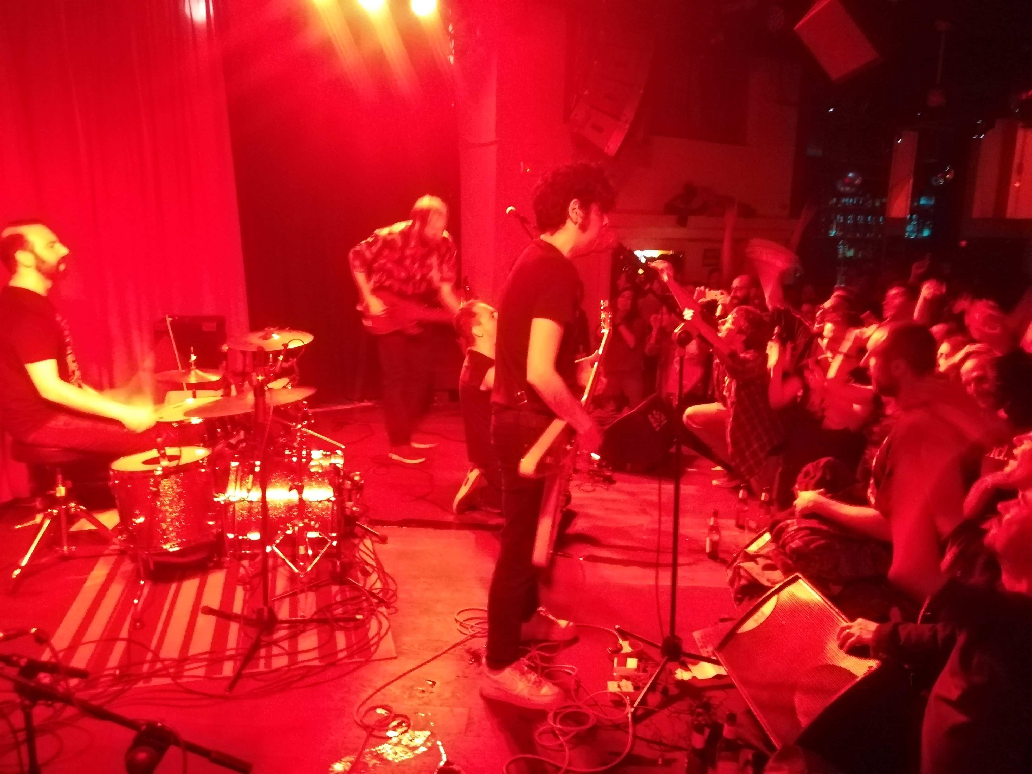 Banda barcelonesa de heavy pop