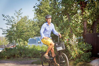 Alexander Stubb en bici