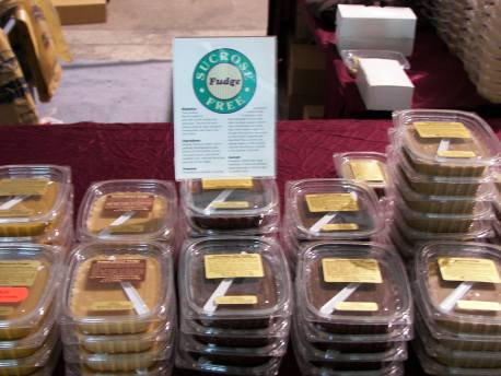 Toujours Chocolat – Traditional Flavors and approximately 20 Specialty Flavors of Fudge