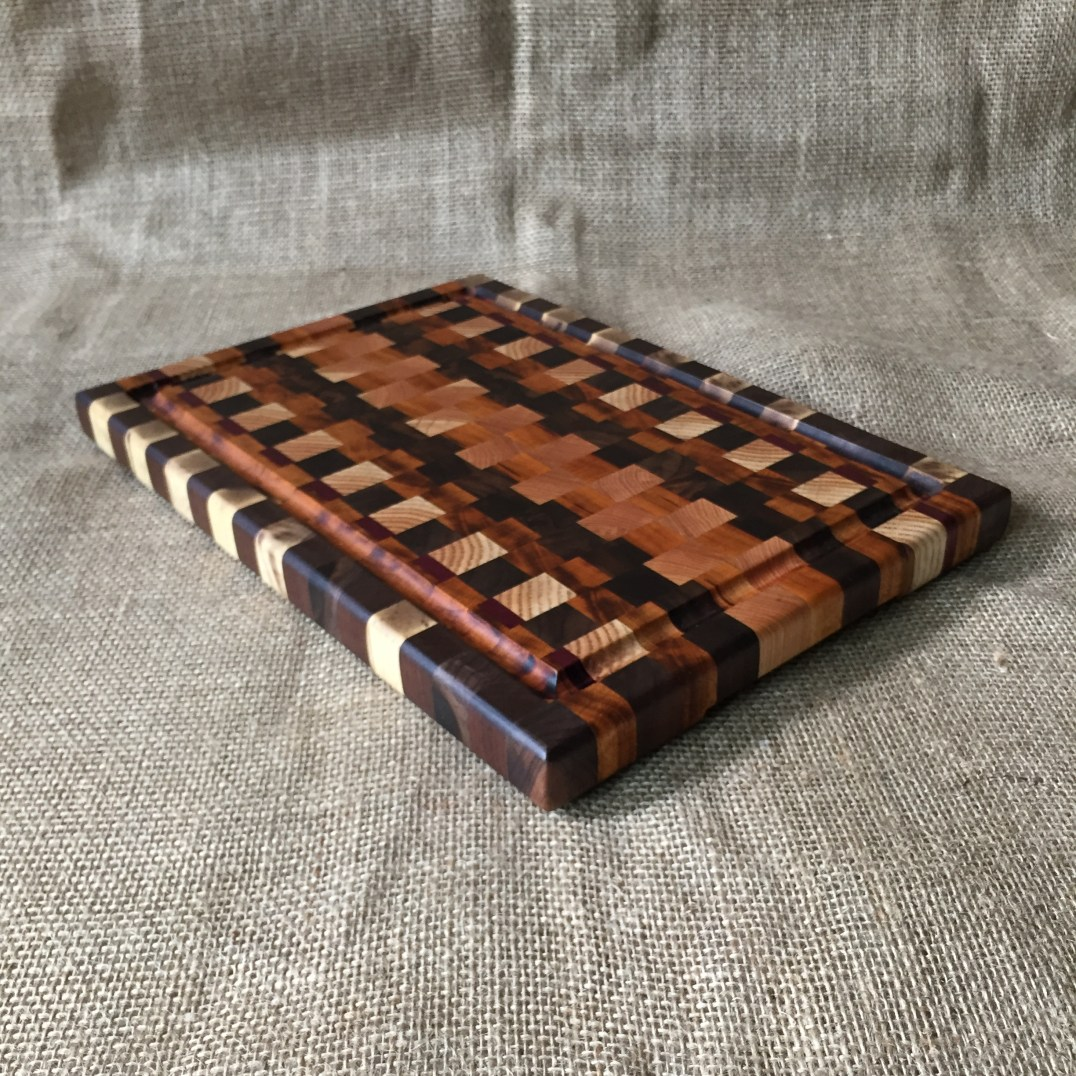 Boards by the Bay – Woodcutting, Wall Art, Cutting Boards, Small Furniture