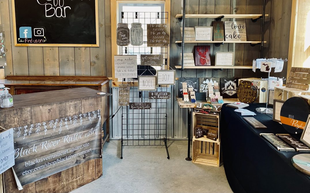 Black River Rustic Art – Wooden Signs, String Art, Faux Leather Earrings, Tea Towels