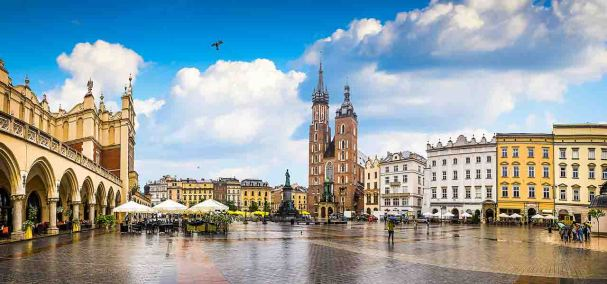 https://www.easyjet.com/en/holidays/shared/images/guides/poland/krakow.jpg