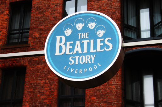http://www.yummylaura.com/wp-content/uploads/2012/07/the-beatles-museum-1.jpg