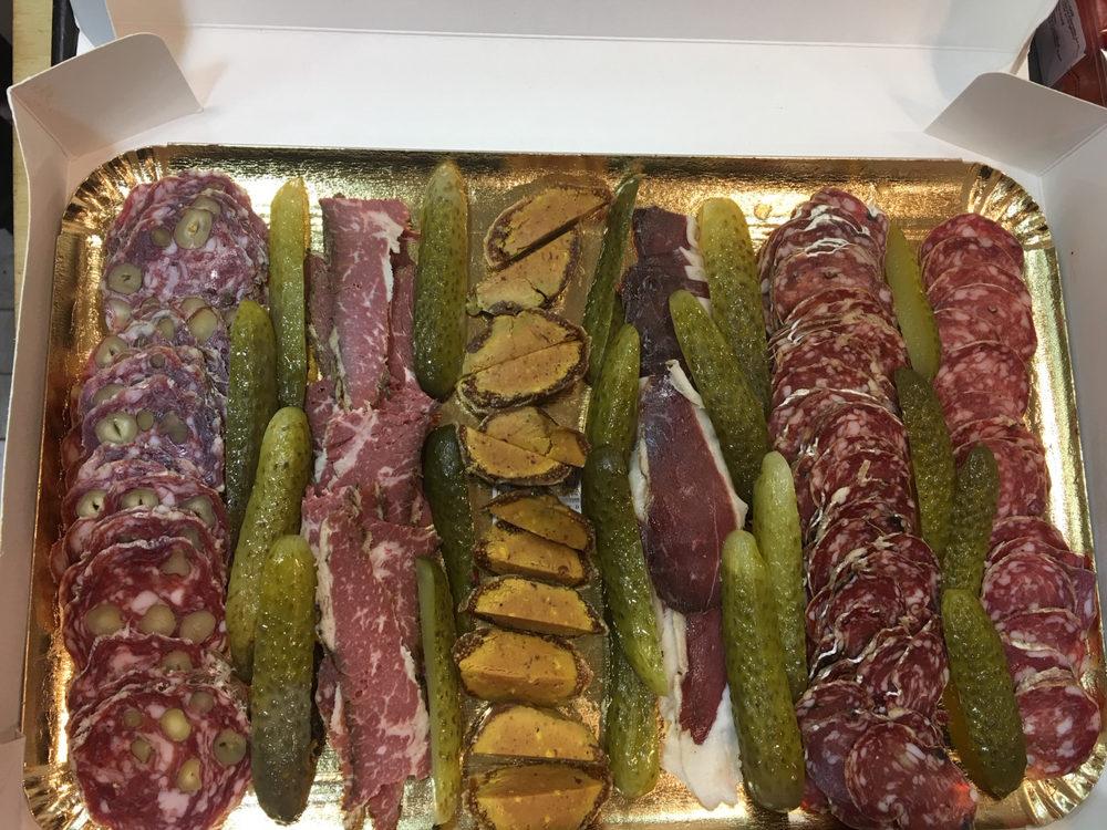Plateau de charcuterie et de figues au foie gras, prestations traiteur, Michel Kalifa - Maison David ©