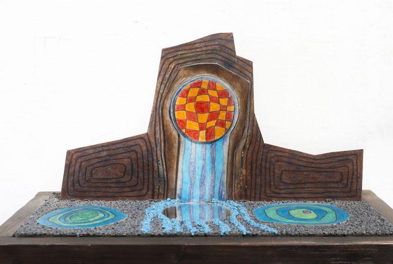 Michel Rossigneux - Haïku n°7 - techniques et matériaux divers: bois, carton, crayons de couleur, sable...