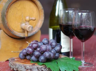 Wine-chianti-tuscany