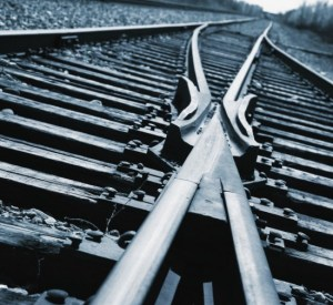 railroad-tracks-550x505