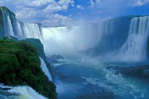 En Argentina, sólo puede quedar sorprendido por la majestuosidad de las Cataratas del Iguazú