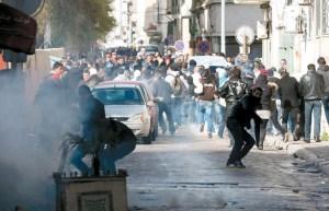 De plus en plus,les travailleurs tunisiens vont se retrouver à la rue.