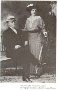 Minor Cooper Keith en compagnie de sa femme.