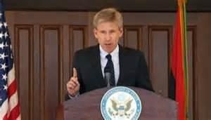 L'ambassadeur Chris Stevens ,l'appat désigné pour tromper le peuple américain.