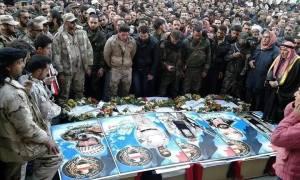 Tous ces soldats de l'armée syrienne qui se recueillent sur 5 de leurs martyrs. Rip.