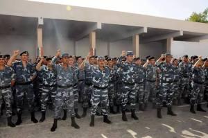 De nouveaux soldats et de nouveaux uniformes.