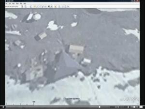 D'étranges structures apparaissent  sur les surfaces dégagées de glaces ,en Antartique.