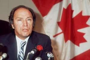 Pierre Ellioth Trudeau,un franc maçon bien connu...son fils l'est aussi!