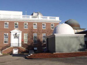 Le bijou cosmique a été découvert par des chercheurs du Harvard-Smithsonian Center for Astrophysics