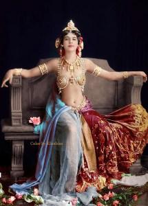 Mata Hari en 1910...photo colorisée.