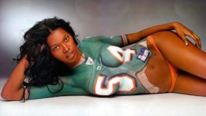 Jessica White L'américaine originaire de Buffalo à l'air d'apprécier le football !