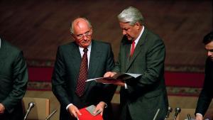 Boris Eltsine et Gorbatchev
