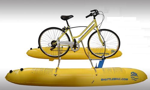 On peut même pratiquer du vélo aquatique
