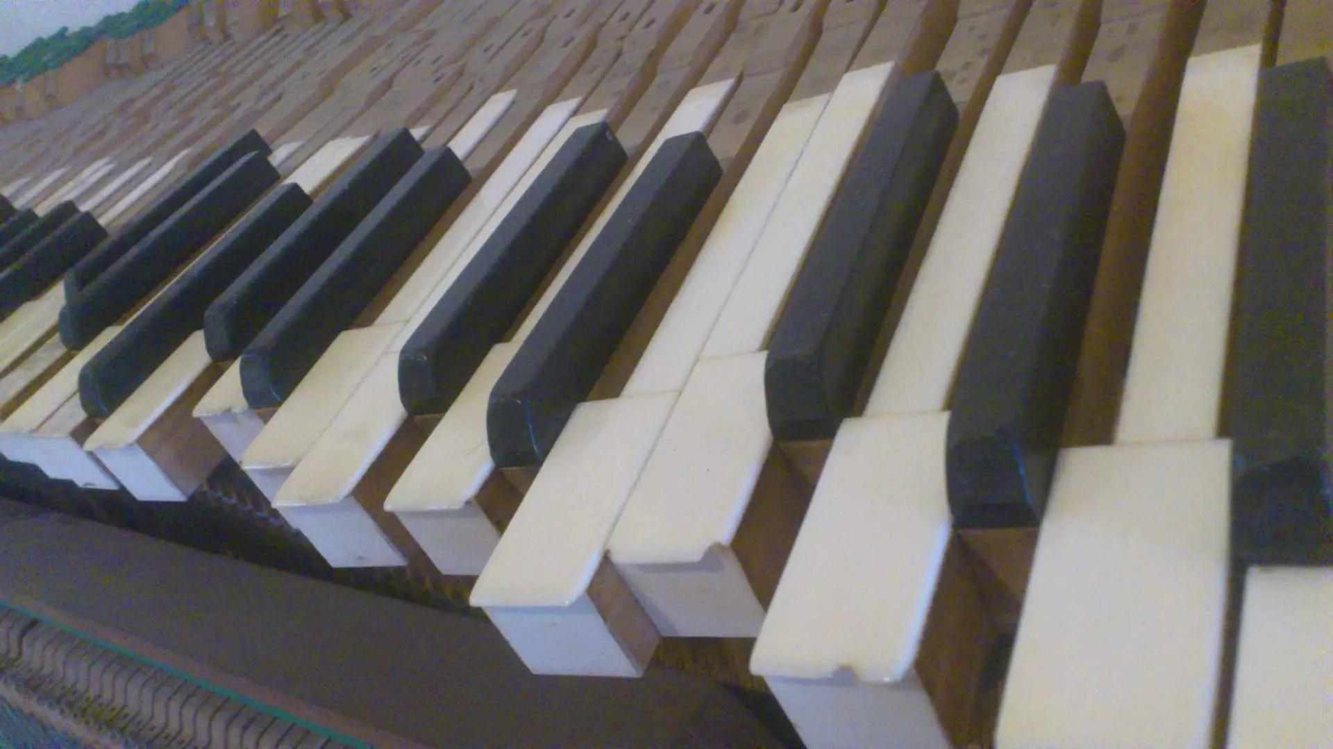 Clavier démonté, piano droit, Michel Duprez
