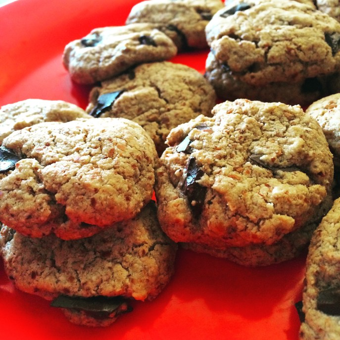 I made a batch of these cookies. Recipe: https://michelle.blog/2014/09/almond-meal-chocolate-chip-cookies/