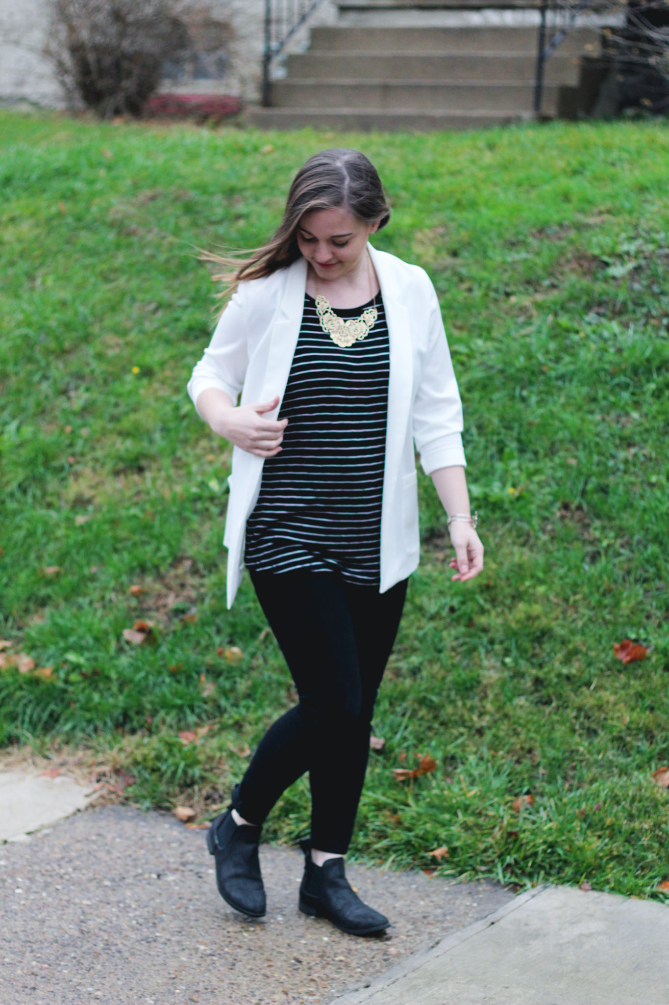 black and white date night outfit style