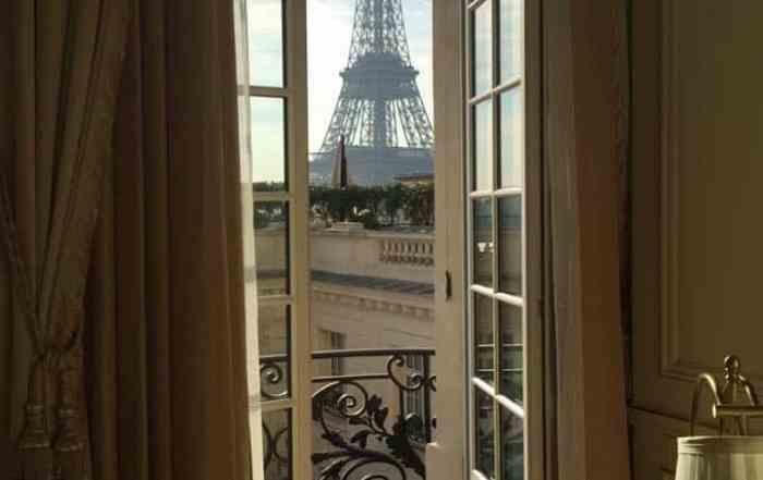 hangrila Hotel Paris Eiffel Tower View