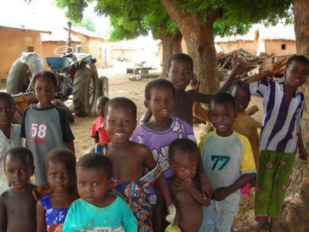 diare-village-children-web.jpg