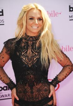 britney-spears-2016-billboard-music-awards-04[1]
