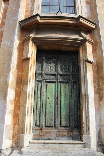 My friend's door picture from Italy.