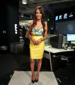 #MMSteez - E! News Now: Skirt: Angely's Balek | Top: Chelsea Flower | Ring: Jewelmint | Earrings: Danielle Stevens | Bracelet: Lia Sophia | Makeup/Hair: Liz Castellanos