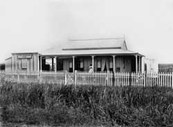 Harriett Pettifore Brims (1864-1939), Harriett Brims' photographic studio and residence, Ingham, Queensland, ca. 1894-1900. Image courtesy of John Oxley Library through Picture Queensland: 146939.