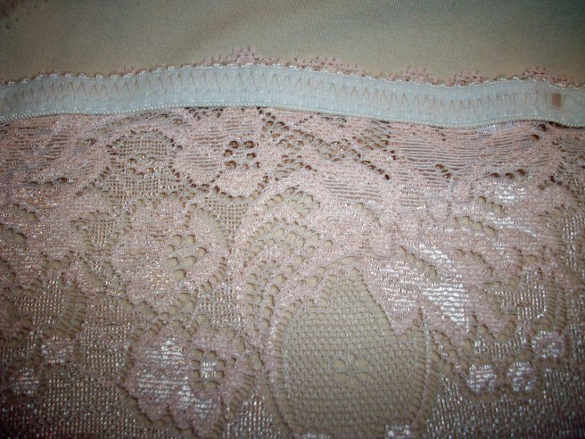 Elastic behind the lace
