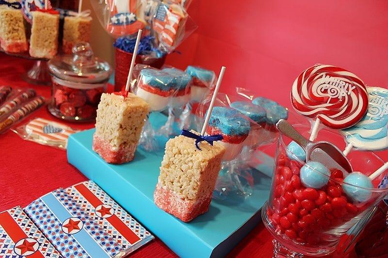 patriotic_rice_crispie_treats