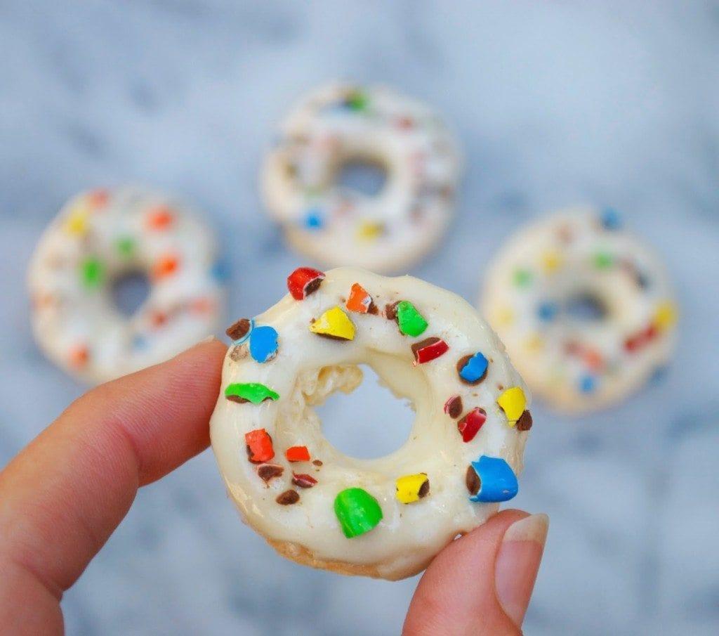 Krispie Mini Donuts #Kreatemyhappy