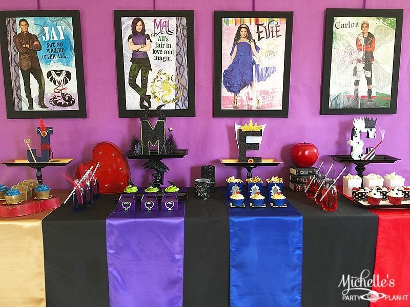How To Plan A Disney Descendants Watch Party Michelle S