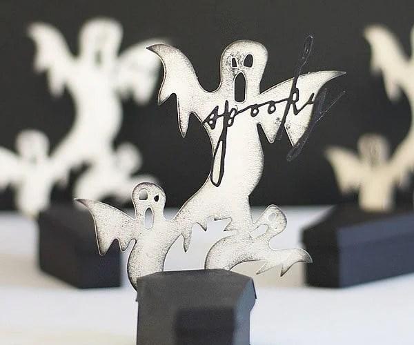 Spooky coffin