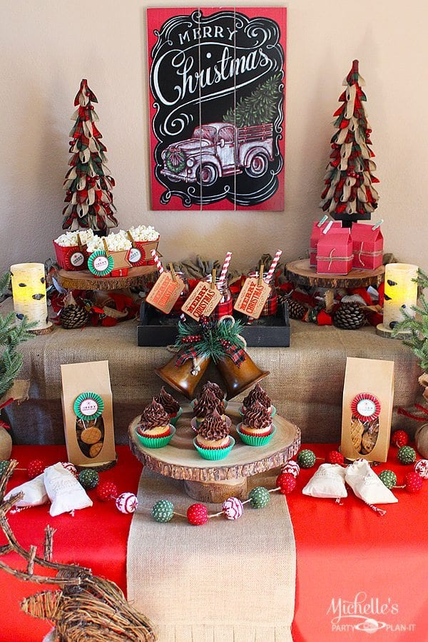 Christmas Party Ideas.Easy Rustic Christmas Party Decor And Dessert Table