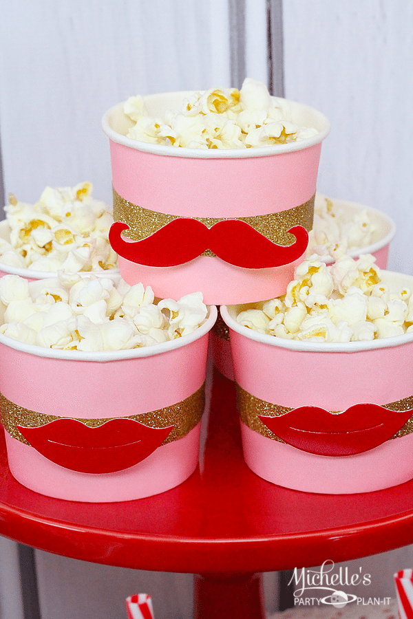 Valentine's Day Snack Cups