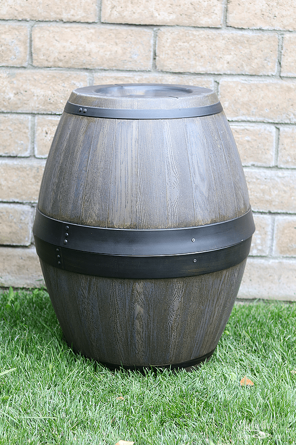 DIY Wine Barrels – Easy Party Props