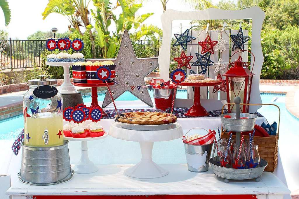 Easy Memorial Day Party Ideas | Whip It Up Wednesday