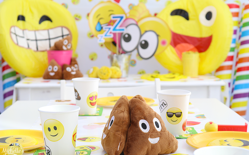 It's an Emoji Summer! Celebrate with an Emoji Pool Party!